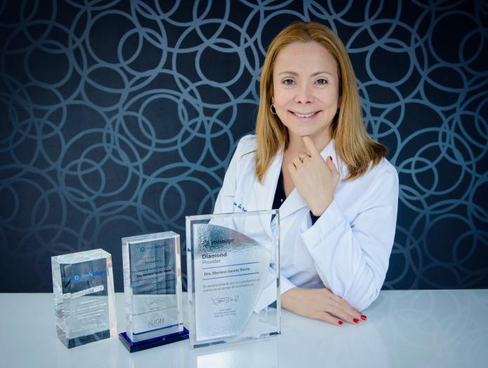 Clinica Mariana Sacoto Navia Expertos en Ortodoncia Digital Invisalign Barcelona